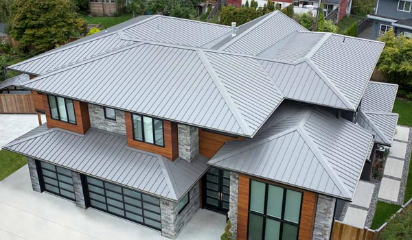 metal roof cleaning company